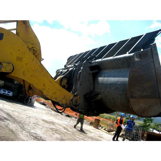 new-komatsu-high-dumping-bucket-15181526