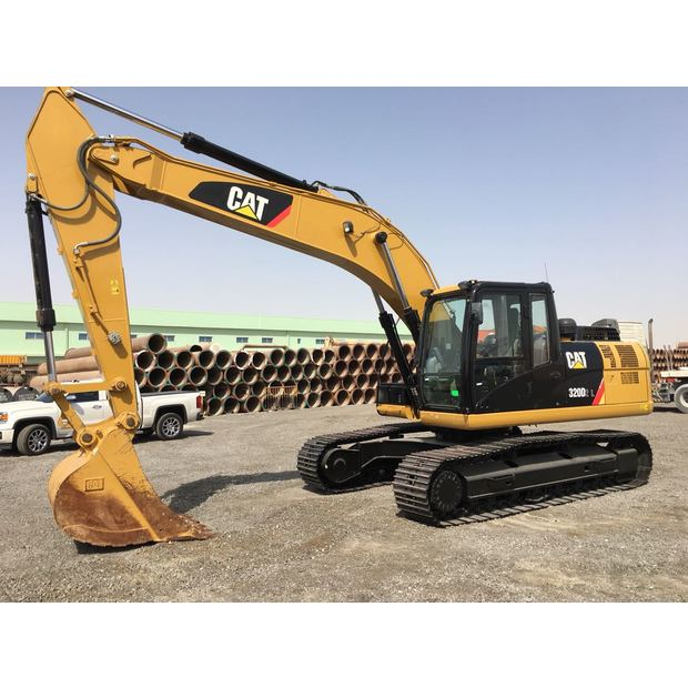 2014-caterpillar-320dl-154021