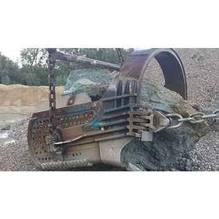 new-liebherr-dragline-bucket-15430790