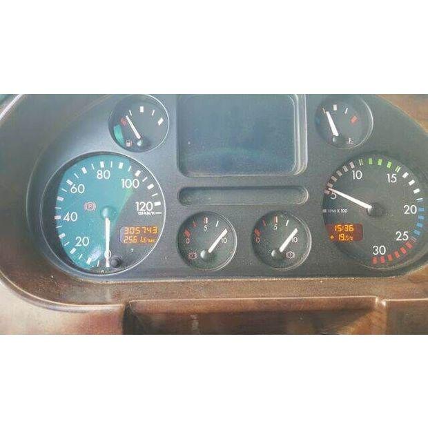 2006-daf-85-48-15663924