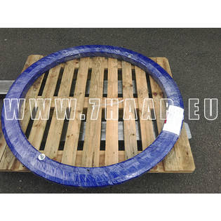 slewing-bearing-liebherr-new-part-no-983018001-cover-image