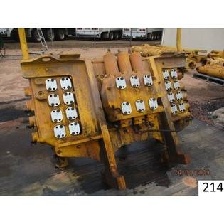 hydraulic-components-komatsu-used-part-no-pc3000-6-major-valve-assembly-cover-image