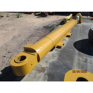 cylinder-komatsu-used-part-no-pc8000-arm-cylinder-face-shovel-43064040-cover-image