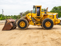 1999-volvo-l180c-290330-equipment-cover-image