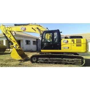 2021-caterpillar-323d3-418065-cover-image