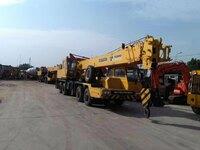 2013-tadano-tl300e-equipment-cover-image