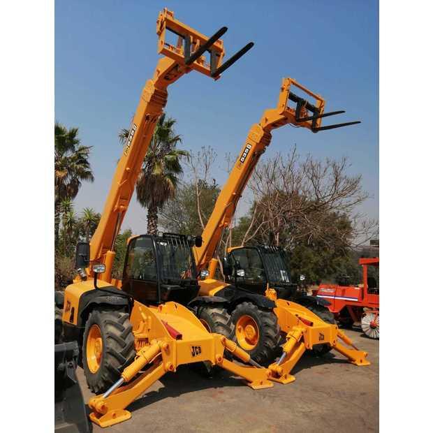 2011-jcb-535-140-460030-19748946
