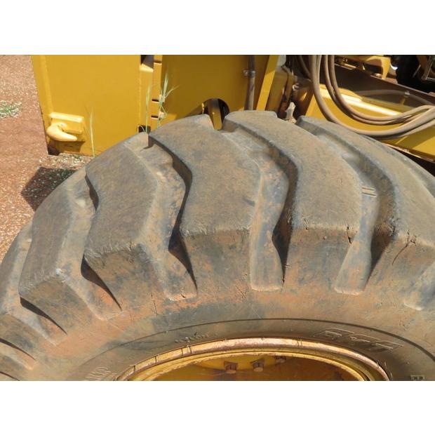 2014-caterpillar-140k-14389-246052