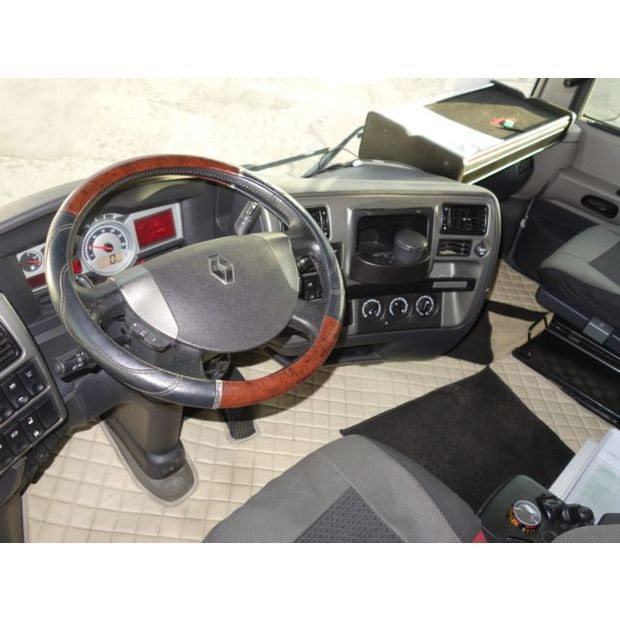 2013-renault-magnum-480dxi-eev-356290
