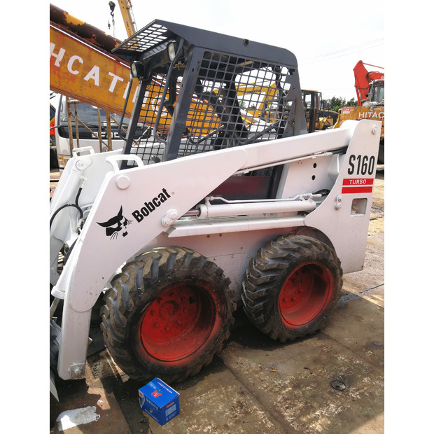 2017 BOBCAT S160