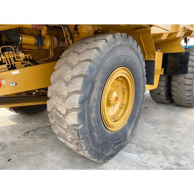 2011-caterpillar-773f-7449471