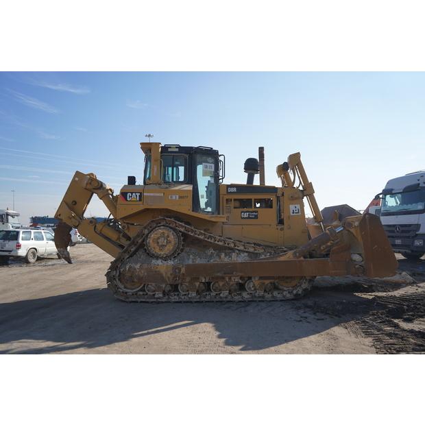 2011-caterpillar-d8r-84199-8257176