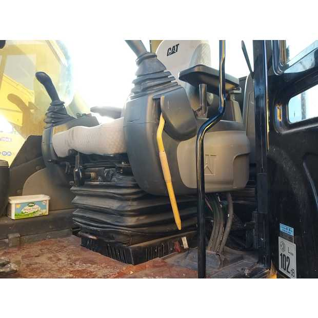 2006-caterpillar-323dl-8686386
