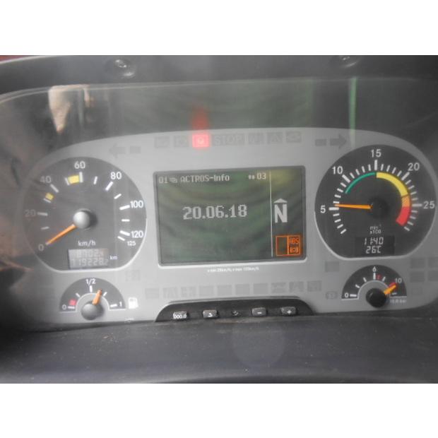2004-mercedes-benz-mb-2754-9354739