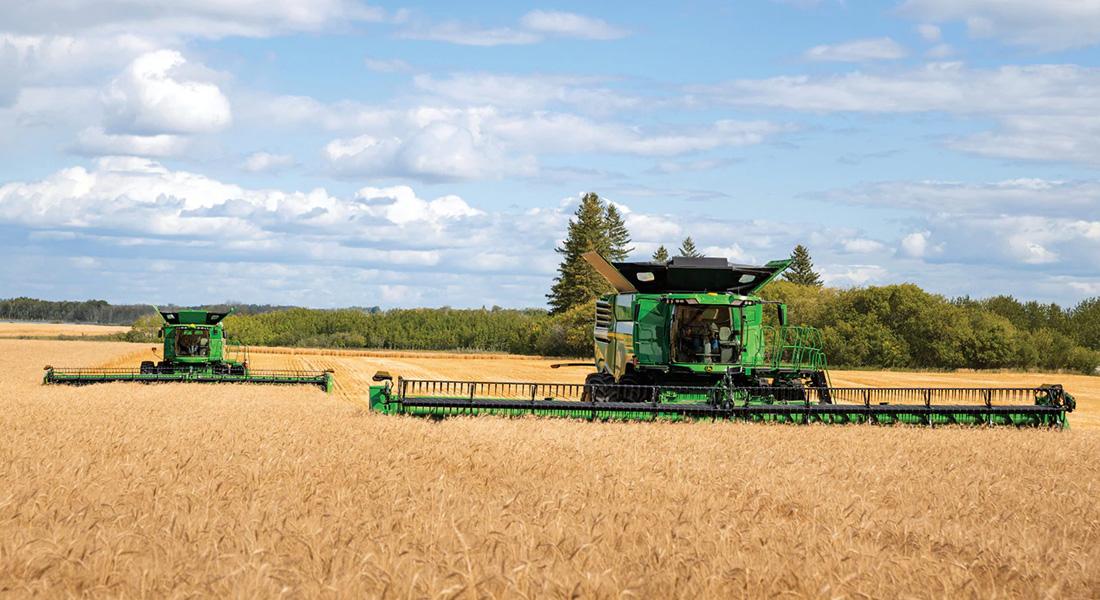 Deere Brings High Capacity X Series Combines To North American Farmers