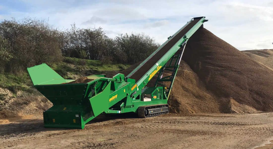 McCloskey Unveils New Mobile Feeder Stackers