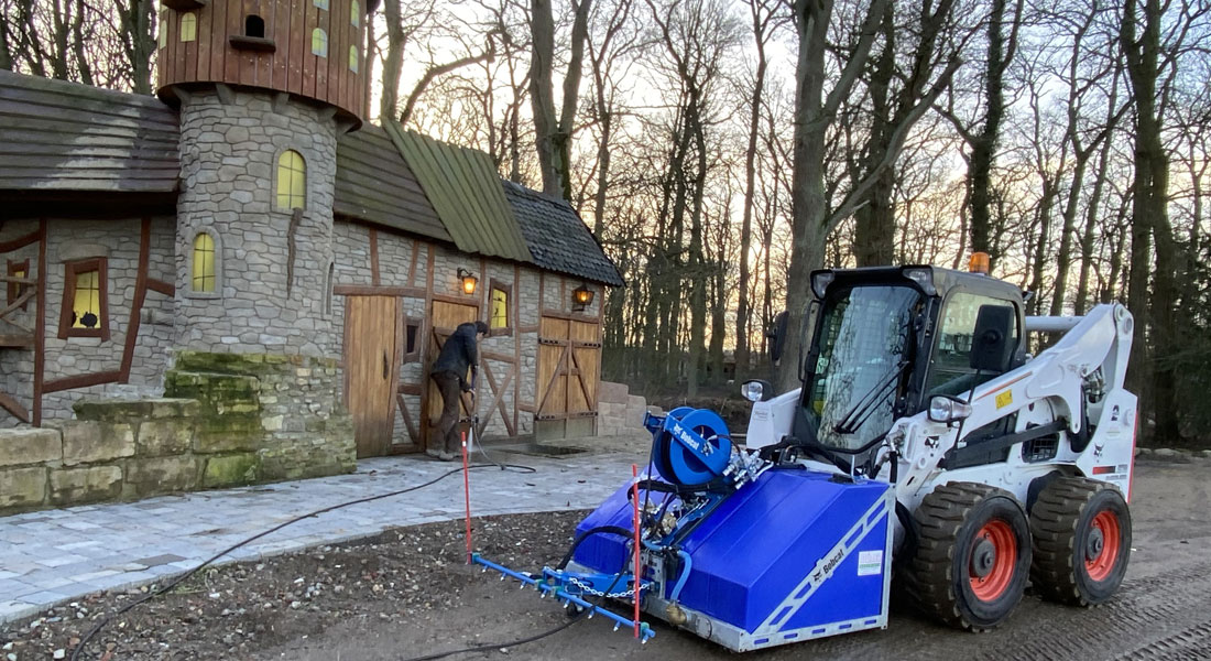 New Bobcat Loader at Essehof Zoo in Germany