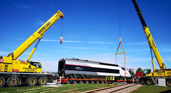 demag-all-terrain-cranes-lift-tgv-locomotive-cover-image